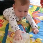 ענבל לתנועה   ליווי התפתחותי: רעיונות למשחקים עם תינוקות